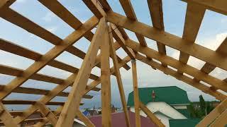 Строительство двухскатной крыши частного дома своими руками. Обзор стропильной системы.