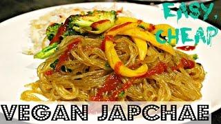 QUICK DINNER: EASY VEGAN JAPCHAE (Korean Glass Noodle) ♥ Cheap Lazy Vegan