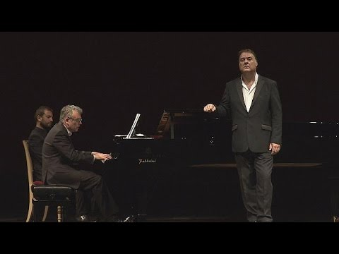 Bryn Terfel goes back to his roots - musica