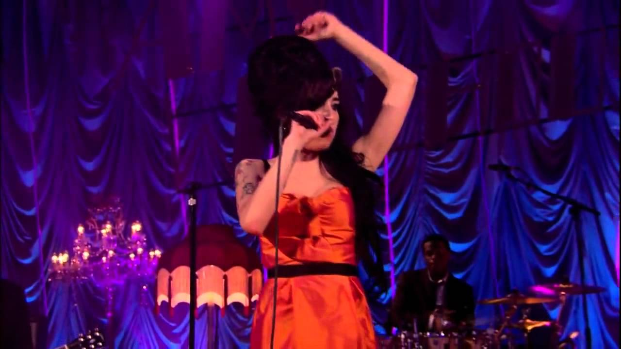 HALL AMY WINEHOUSE LIVE BAIXAR PORCHESTER AT