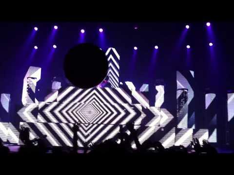 PRETTY LIGHTS @ Popped Music Festival 2011