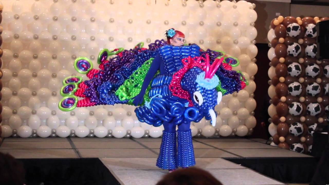 Twist and Shout Balloon Convention 2016 Costume ...
