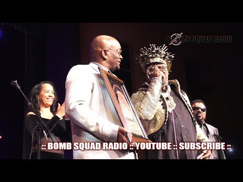 GEORGE CLINTON BLACK MUSIC AWARDS HALL OF FAME INDUCTION :: BOMB SQUAD RADIO | LORDLANDFILMS.COM