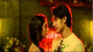 London Paris New York - Bollywood Movie Review by Taran Adarsh