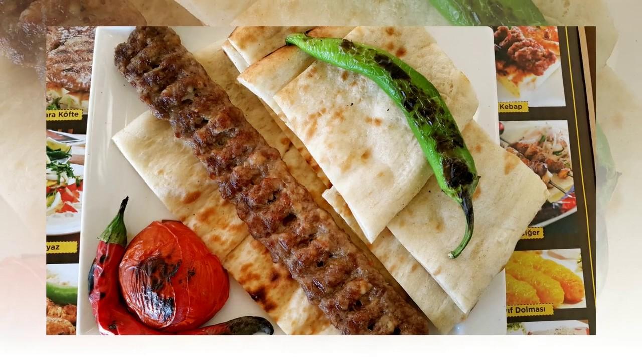 Şiş Köfteli Ekmek Kebabı