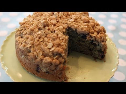 How To Make Blueberry Crumb Cake!