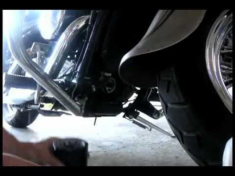 Changing Oil Kawasaki Vulcan Nomad