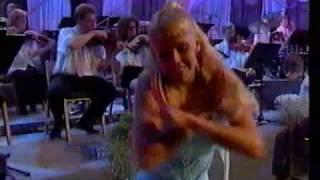 ANU PALEVAARA TANSSII TANGOMARKKINOILLA 1998