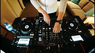 Techno Mix 2018 w/tracklist