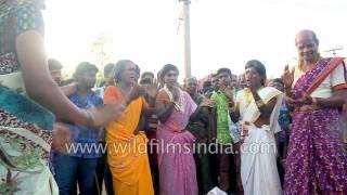 Repeat youtube video Transgenders and eunuchs congregate for annual Koovagam Festival, Tamil Nadu