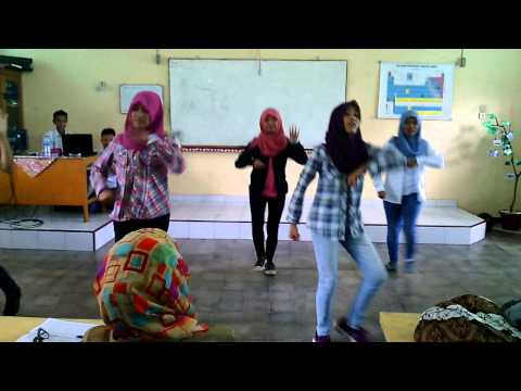 f(y) - Genie-Happiness-TheBoys-MammaMia ( Dance Cover Jambi )