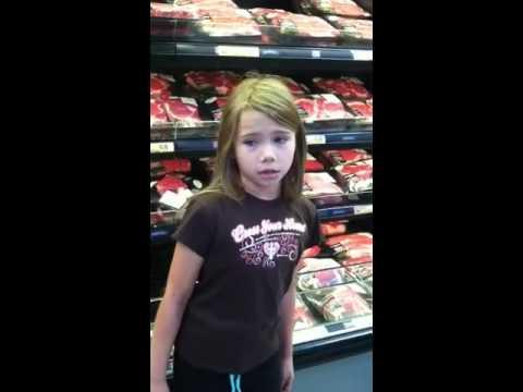 8 Yr Old Lil Girl Singing at Walmart