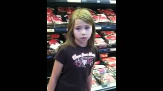 8 Yr Old Lil Girl Singing at Walmart