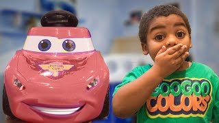 LIGHTNING MCQUEEN WHY DO WE YAWN? Educational Video for kids with GOO GOO COLORS