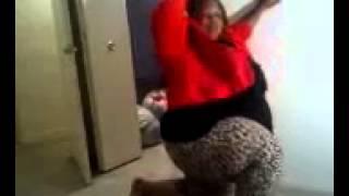 Big girl dancing to (Tank) off ur hands
