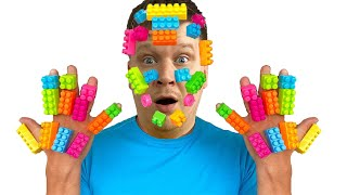 Милли и папа играют с лего / lego hands