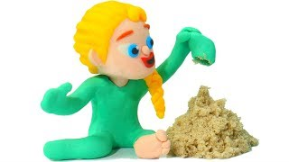 FROZEN ELSA PLAYS WITH SAND ❤ Spiderman, Hulk & Frozen Elsa Play Doh Cartoons For Kids
