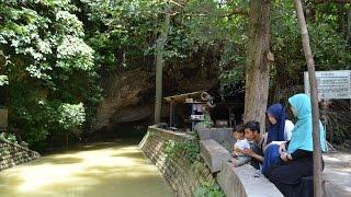 Wisata Gua Ngerong Tuban di Musim Hujan
