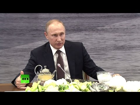 Путин проводит встречу с руководителями международных информагентств: AP, Reuters и Xinhua