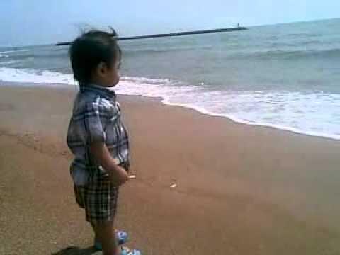 น้องลีวายส์  ผมไม่อยากลงทะเล
