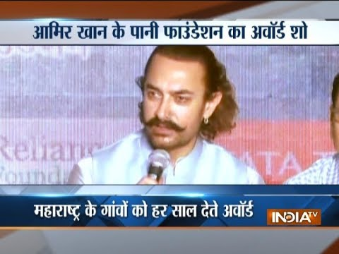 Political scuffle amid Aamir Khan's Water Foundation Award Show in Pune