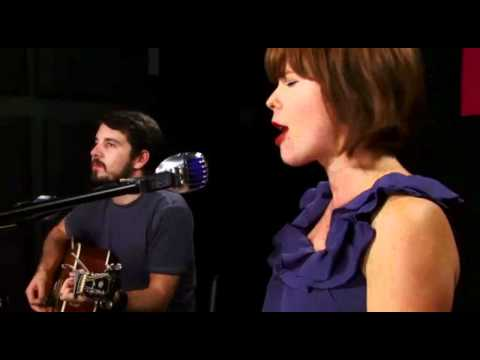 Lenka - Roll With The Punches (Livestream Session #1)