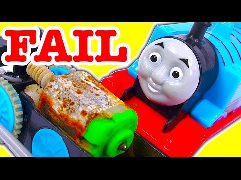 Thomas The Tank Fail Pool Tracks Teardown Damage Classic Trackmaster Vs Trackmaster 2