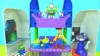 Toy Story Spaceship Command Center Buzz Lightyear saves Woody from Emporer Zerg