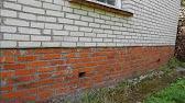 Строим дом из пеноблока.Кладка стен, фундамент, крыша - YouTube