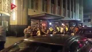 """بالفيديو.. إغلاق الطرق في """"لوس أنجلوس"""" بسبب تامر حسني"""