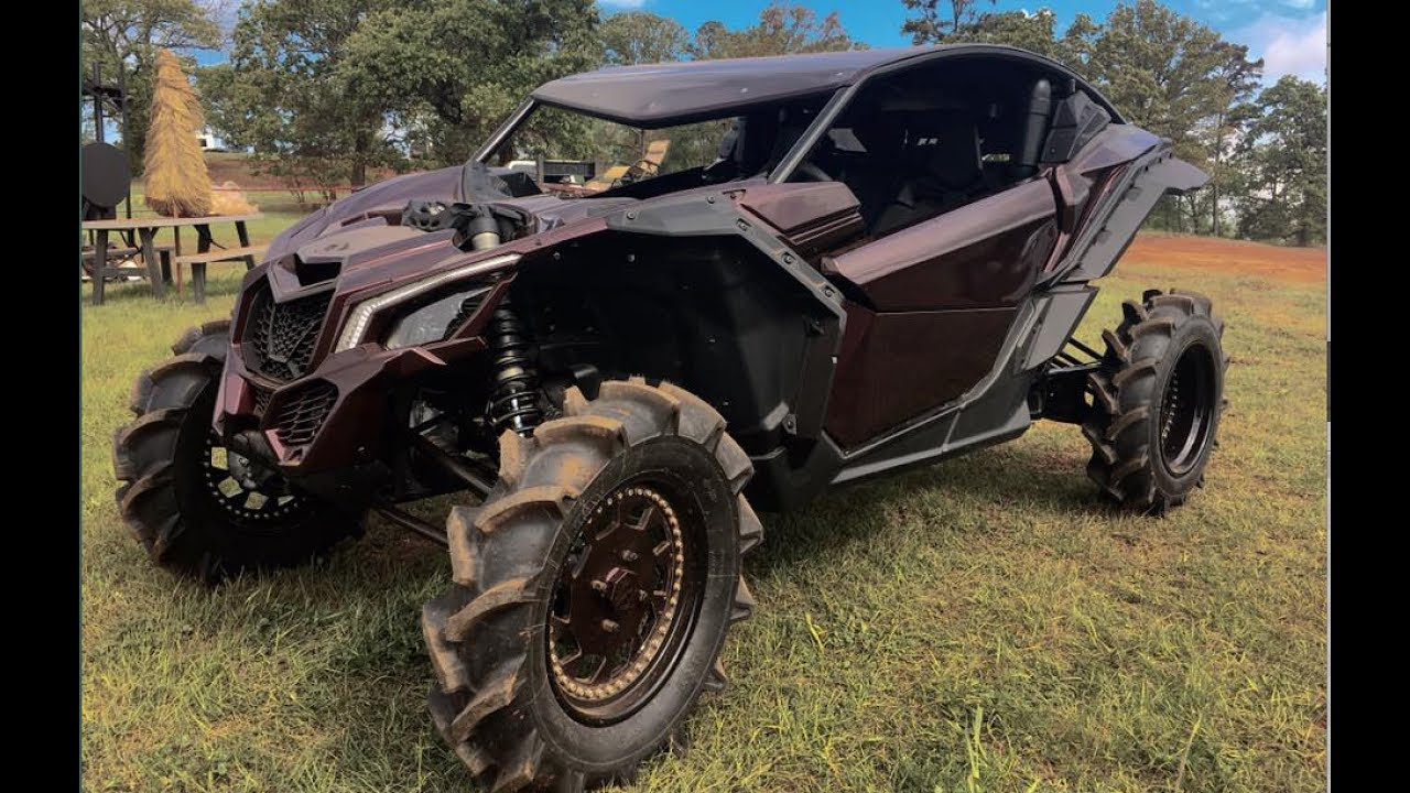 Maverick X3 Takes Out Rzr S In A Mud Shootout Youtube