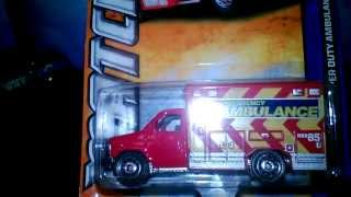 FORD E 350 SUPERDUTY AMBO RED   MATCHBOX REVIEW
