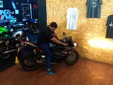 Triumph Daytona 675R startup and rev in Bangalore
