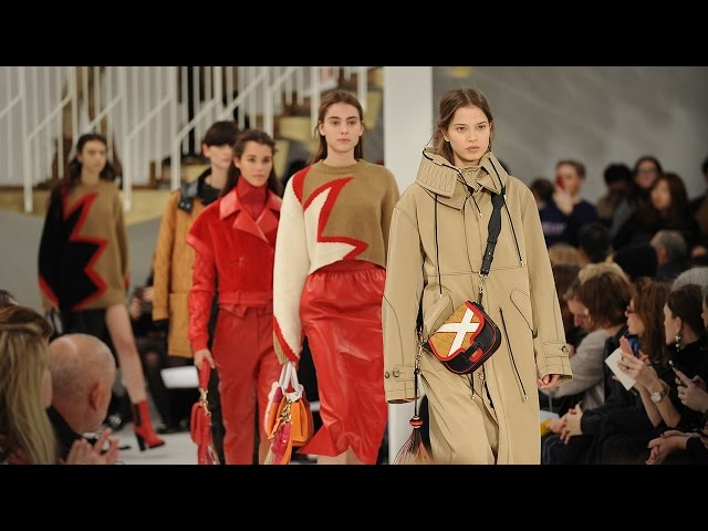 Tod's Women's Autumn Winter 2017/18 Collection