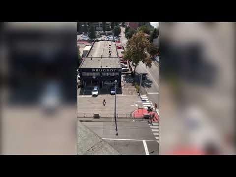 BOLOGNA: Incendio con esplosioni a Borgo Panigale, molti feriti | VIDEO