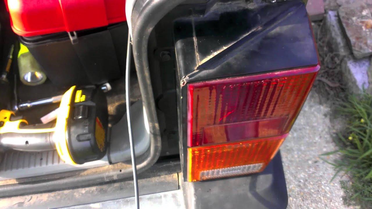 89 cherokee cb radio and antenna full install [ 1280 x 720 Pixel ]