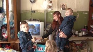 Многодетная семья переедет из сушилки в новую квартиру(На прошлой неделе глава Копейска встретился с многодетной мамой Мариной Шевченко, чтобы решить квартирный..., 2015-04-08T13:42:28.000Z)