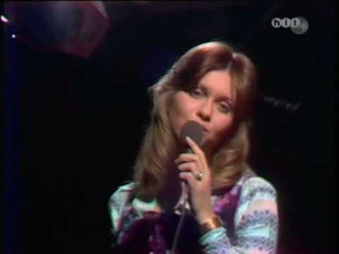 Olivia Newton John If Not For You 1971 (Live)