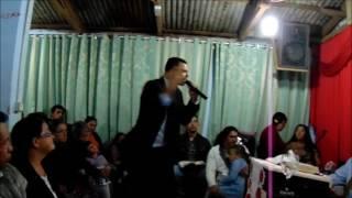 Jesus pede ao pr Julio que desça do altar. Muito Forte!!!