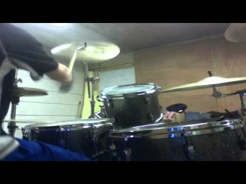 sweet  drum  solo  with  doble pettle