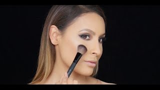 How To : Apply BarePRO Performance Wear Powder Foundation With Desi Perkins by bareMInerals