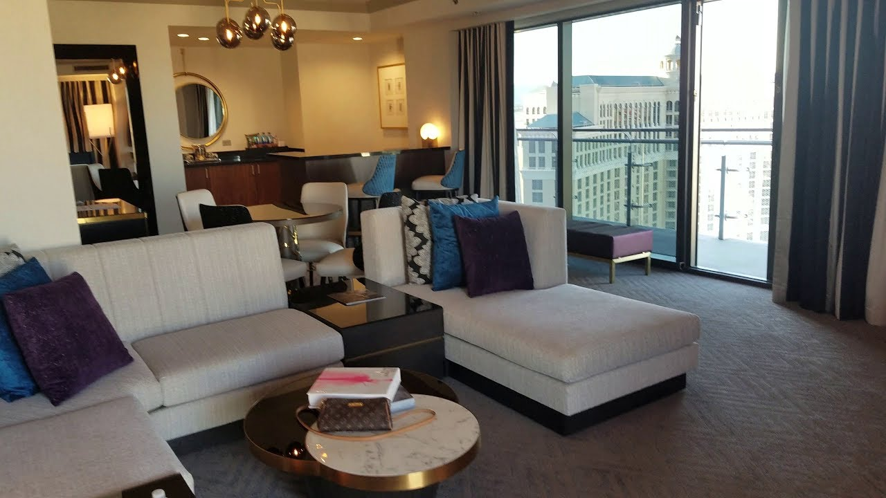 Cosmopolitan las vegas 2 bedroom terrace suite for Cosmopolitan terrace one bedroom fountain view