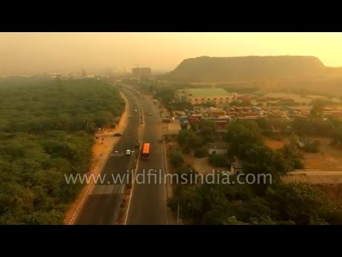 Aerial footage of Aravalli range - Delhi to Gurgaon on Ghata road