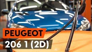 Hoe een ruitenwissers vervangen op een PEUGEOT 206 1 (2D) [AUTODOC-TUTORIAL]