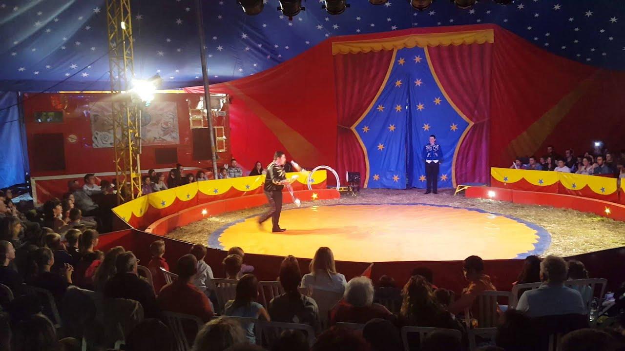 Cirque roger lanzac jongleur 2015 youtube - Image jongleur cirque ...