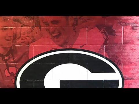 Inside Georgia's locker room at Rose Bowl Stadium
