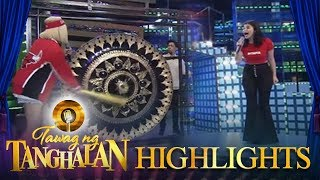 Tawag ng Tanghalan: Vice Ganda gongs Anne before she can sing
