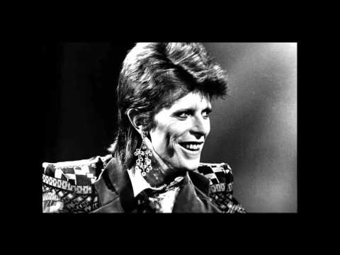 David Bowie - Hallo Spaceboy (Lost in space mix) mp3