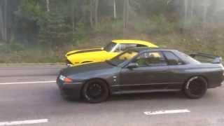 Pure street Racing Nissan GTR Skyline R32 650bhp vs Chevelle 550bhp thumbnail