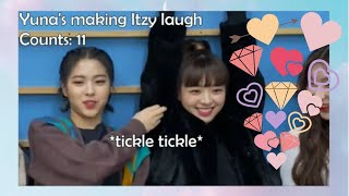 Download lagu Proofs that Itzy's Yuna is the cutest maknae ever